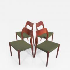Niels Otto M ller Set of Four Niels O Moller Solid Teak Chairs Model 71 - 1228865
