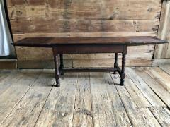 Oak Refectory Table with Extensions 17th Century - 1040685