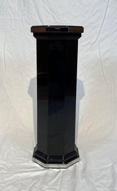Octagonal Art Deco Column Pedestal Black Lacquer and Trims France circa 1930 - 1730198