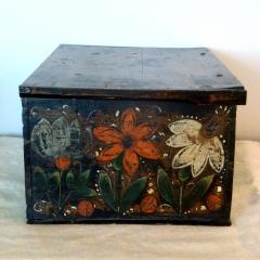 Offered by RYDER ANTIQUES - 2043164