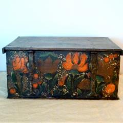 Offered by RYDER ANTIQUES - 2043166