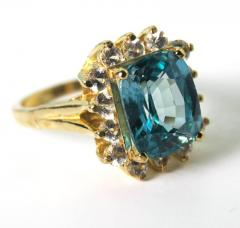 Old Hollywood Intense Glittering Natural Zircon Sapphire Gold Ring - 1583823