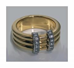 Omega 18K Yellow Gold Three Band Ring French Marks - 480608