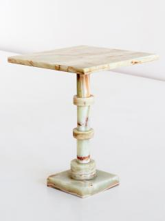 Onyx Side Table with Pedestal Base Italy 1970s - 1063077