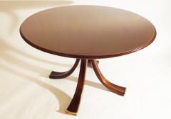 Osvaldo Borsani Rare and Important Center Table in Cherry and Glass by Osvaldo Borsani - 206623