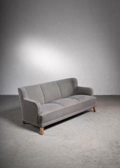 Otto Schultz Scandinavian Modern three seater sofa with grey wool upholstery - 2006299