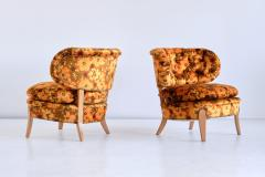 Otto Schulz Pair of Otto Schulz Lounge Chairs in Floral Velvet and Beech Sweden 1940s - 1888572