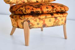 Otto Schulz Pair of Otto Schulz Lounge Chairs in Floral Velvet and Beech Sweden 1940s - 1888580