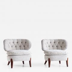 Otto Schulz Pair of Otto Schulz Lounge Chairs in Gray Chenille and Beech Sweden 1940s - 1911947