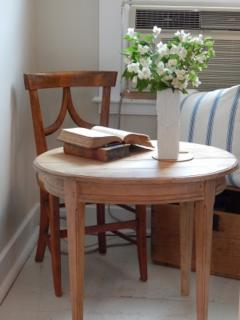 Oval Pine Table - 1757430
