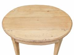 Oval Pine Table - 1757439