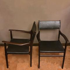 PAIR OF CHAIRS WITH ARMRESTS IN WOOD BLACK LEATHER - 2003024