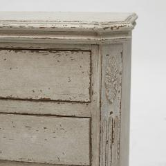 PAIR OF SMALL SWEDISH GUSTAVIAN STYLE CHEST OF DRAWERS OR NIGHTSTANDS - 2135883