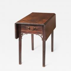 PEMBROKE TABLE - 1318832