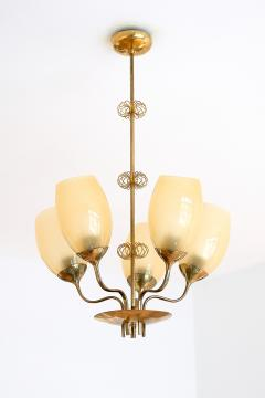 Paavo Tynell Paavo Tynell Five Arm Brass Chandelier Designed for Kuopio Hospital Taito 1949 - 877802