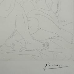 Pablo Picasso Pablo Picasso Signed Etching Minotaure une Coupe la Main et Jeune Femme 1939 - 1066418