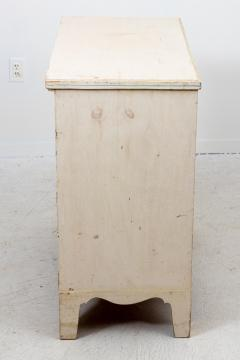 Painted French Chest of Drawers - 1661196