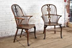 Pair of 18th century English George III Yew Wood Cabriole Leg Windsor Chairs - 1051198