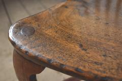 Pair of 18th century English George III Yew Wood Cabriole Leg Windsor Chairs - 1051205