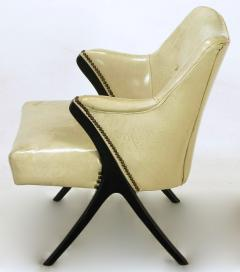 Pair of 1940s Modernist Club Chairs in Original Bone Glazed Leather - 134542