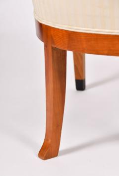 Pair of 1980s English cream and cherry wood occasional chairs - 1578187