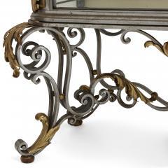 Pair of Art Nouveau gilt metal and steel vitrines - 1443694