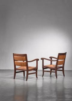 Pair of Arts Crafts armchairs - 1702771