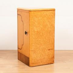 Pair of British Art Deco Maple Bedside Cabinets c 1930 - 1744402