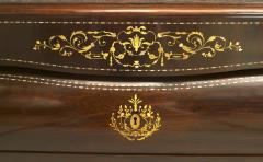 Pair of Continental Spanish Bombe Shaped Commodes - 741334