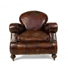 Pair of English Victorian Brown Leather Club Chairs - 1403543