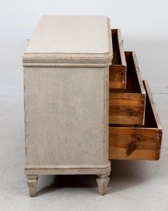 Pair of Gustavian Style Chests of Drawers - 1661087