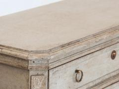 Pair of Gustavian Style Chests of Drawers - 1673082