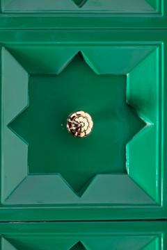 Pair of Hollywood Regency Moroccan Modern Nightstands in Green Lacquer c 1965 - 2118763