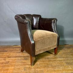 Pair of Late 1930s Channel Back Leather Club Chairs - 1347306