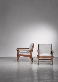 Pair of Mexican Modernist pine armchairs - 1702762