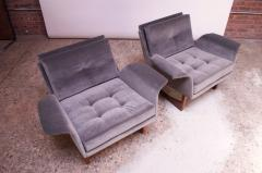 Pair of Mid Century Modern Floating Lounge Chairs in Walnut and Velvet - 1072570