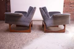 Pair of Mid Century Modern Floating Lounge Chairs in Walnut and Velvet - 1072576