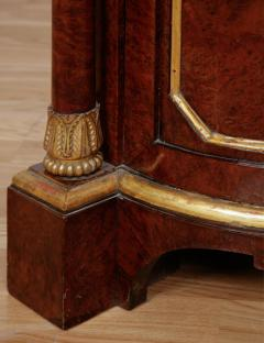 Pair of Royal antique corner cabinets from Windsor Castle - 1443658