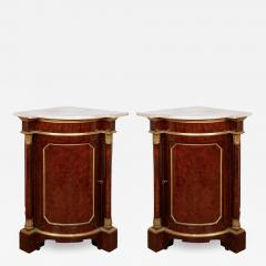 Pair of Royal antique corner cabinets from Windsor Castle - 1446469