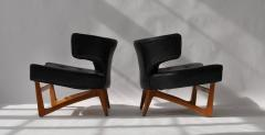 Pair of Sculptural Lounge Chairs - 556593