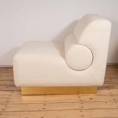 Pair of Sculptural Lounge Chairs in Ivory Boucle and Brass Base Italy 2019 - 1260130