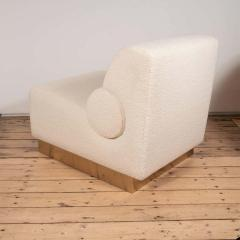 Pair of Sculptural Lounge Chairs in Ivory Boucle and Brass Base Italy 2019 - 1260142