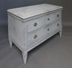 Pair of Swedish Neoclassical Chests of Drawers - 511474