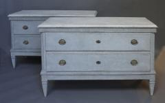 Pair of Swedish Neoclassical Chests of Drawers - 511475