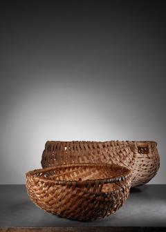 Pair of Swedish woven folk art baskets 19th century - 958452