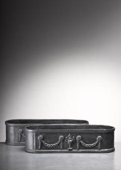 Pair of cast iron oval jardinieres Sweden - 2136879