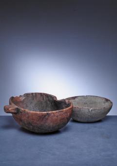 Pair of folk art wood bowls Sweden - 841239