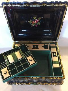 Papier M ch Massive Size Fine Quality 19th Century Sewing Box or Jewelry Box - 1681277