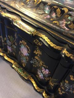 Papier M ch Massive Size Fine Quality 19th Century Sewing Box or Jewelry Box - 1681278