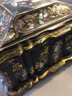 Papier M ch Massive Size Fine Quality 19th Century Sewing Box or Jewelry Box - 1681297